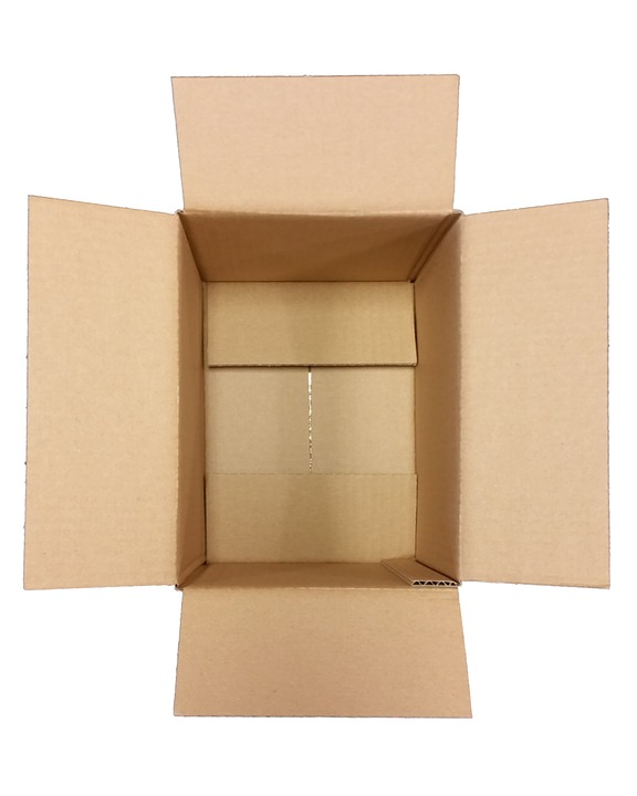 empty cardboard shipping box drop shipping versus 3pl